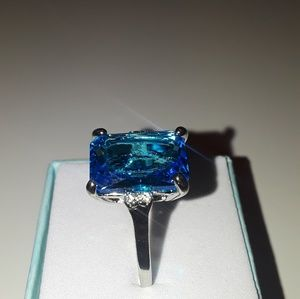 925 Silver blue topaz ring size 10 new